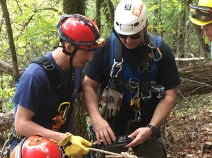 L to R: Student with David Sutter, Instructor Hare Mountain Rescue / Franklin County SAR
